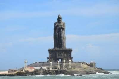 Thiruvalluvar Statue kanyakumari