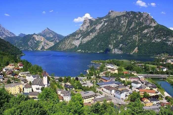 Traunsee lake austria