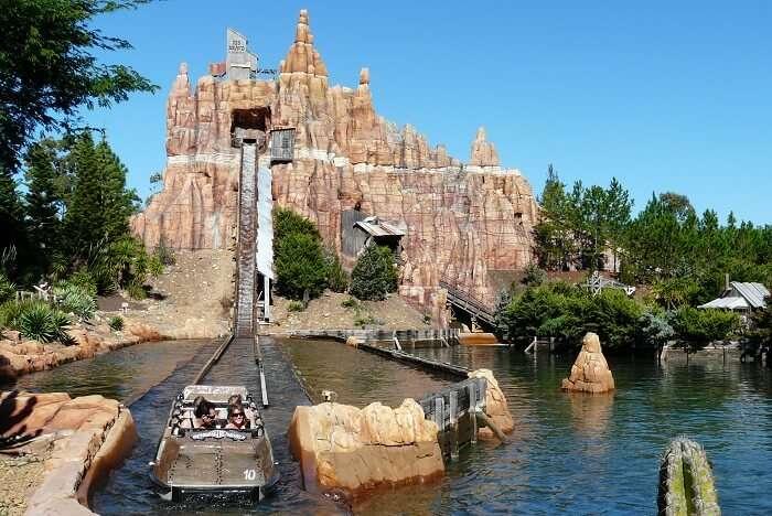 Warner Bros Movie World ride gold coast