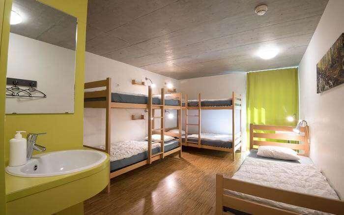 acj-1704-hostels-in-switzerland (12)