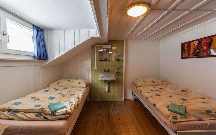 acj-1704-hostels-in-switzerland (13)
