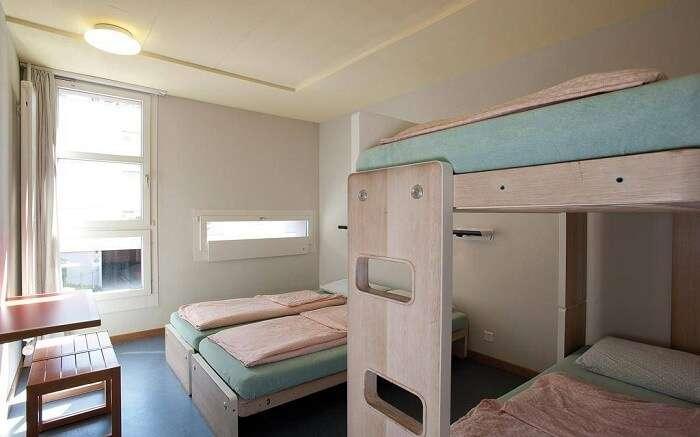 acj-1704-hostels-in-switzerland (18)