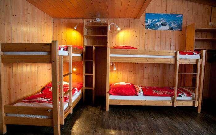 acj-1704-hostels-in-switzerland (5)