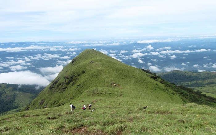 acj-1704-trekking-in-coorg (6)
