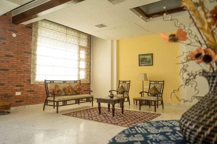 stay at Corner Cottage jaipur