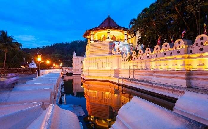 2. Sri Dalada Maligawa ss01052017