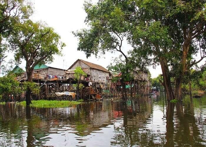 houses in Kumpong phluk