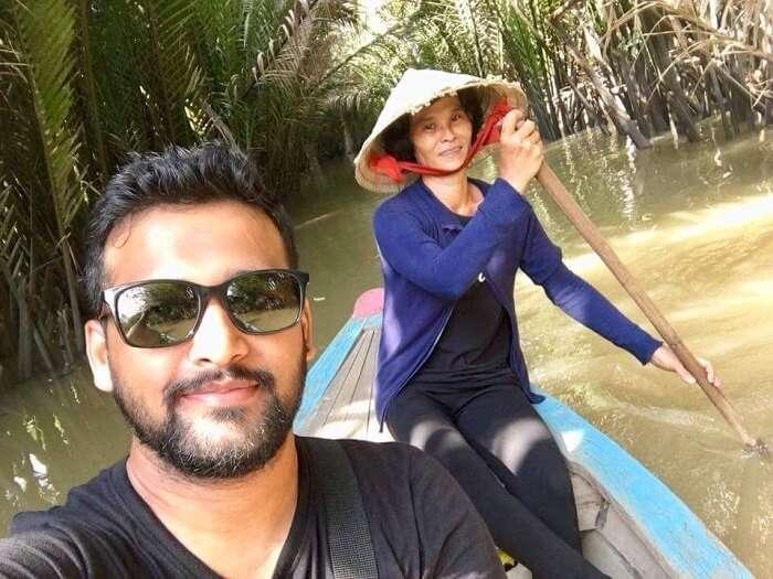 pallavi vietnam family trip: boat ride selfie