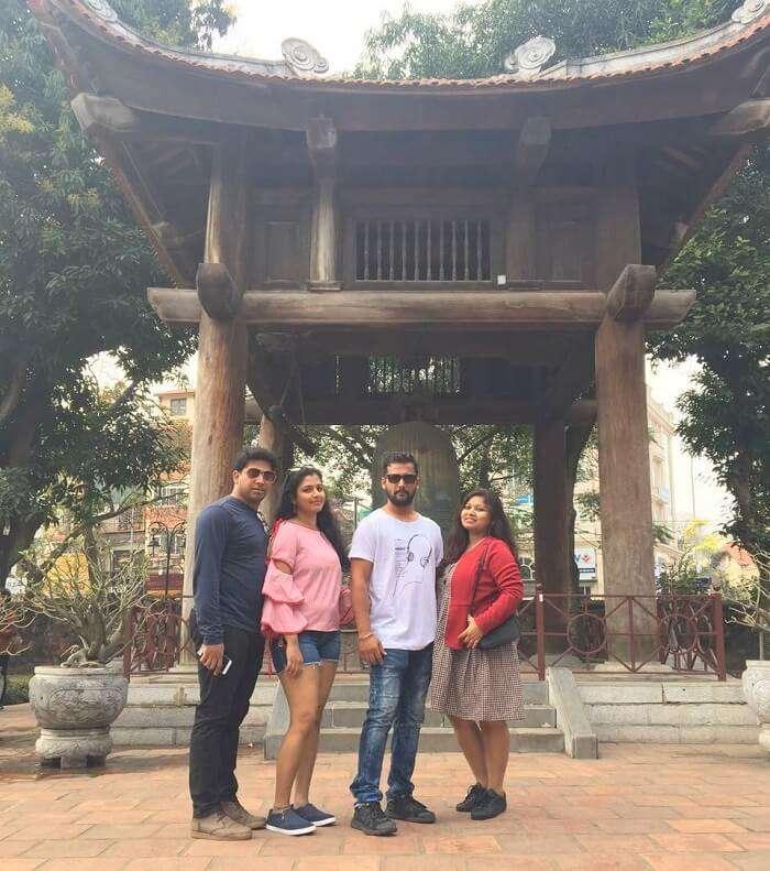 pallavi vietnam family trip: posing near temple of literature