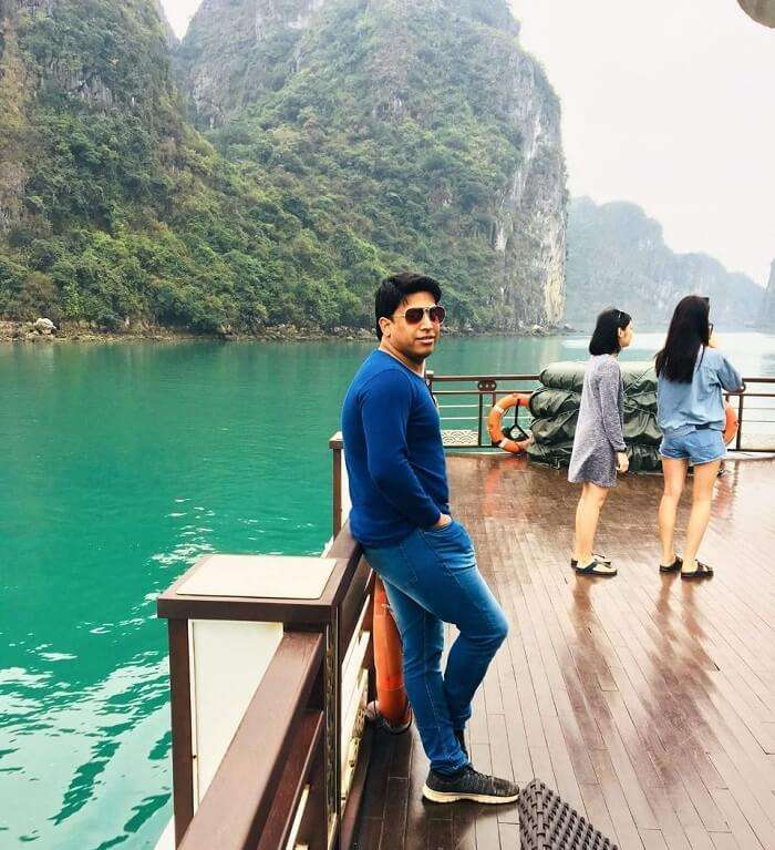 pallavi vietnam family trip: posing on cruise