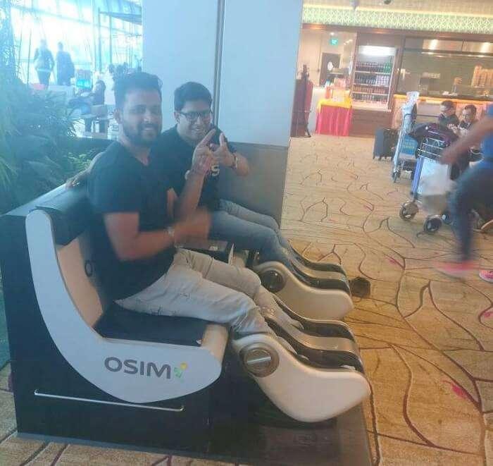 pallavi vietnam family trip: sitting at airport