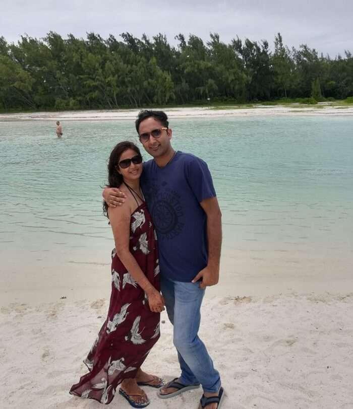 mauritius honeymoon couple