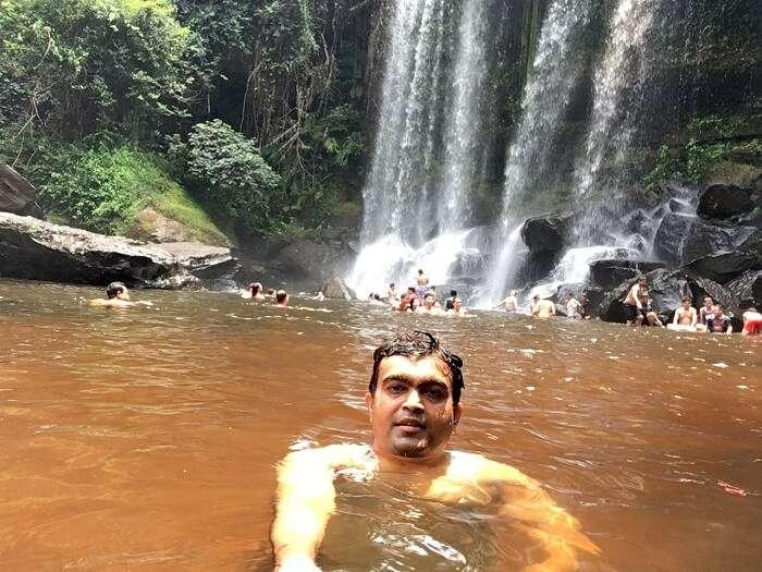traveller induldge in nature