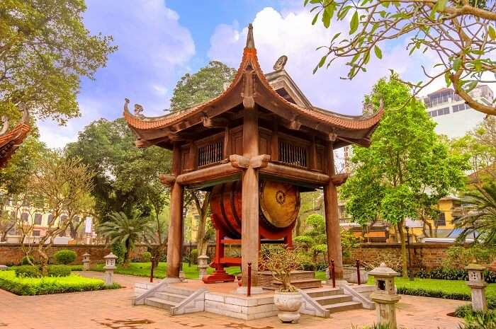 Places To Visit In Hanoi cover