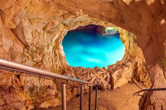 Ride a gondola to the Rosh HaNikra Grottoes israel