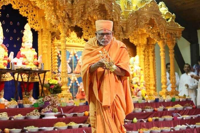 visit Shree Swaminarayan Temple in melbourne