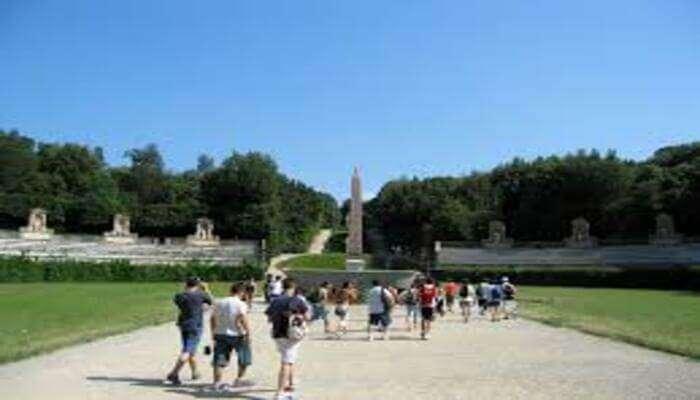 Visit The Palazzo Pitti and Boboli Gardens