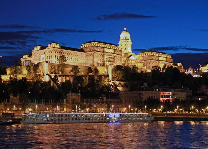 Buda castle in night