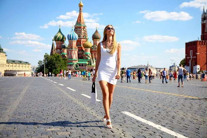 woman shopping on red square
