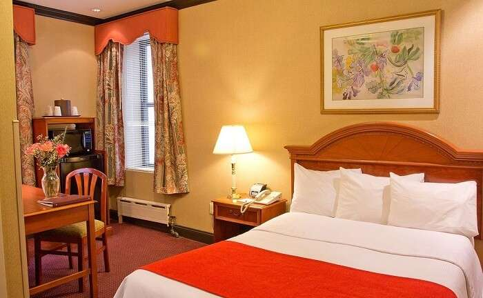 best options for cheap hotels in New York