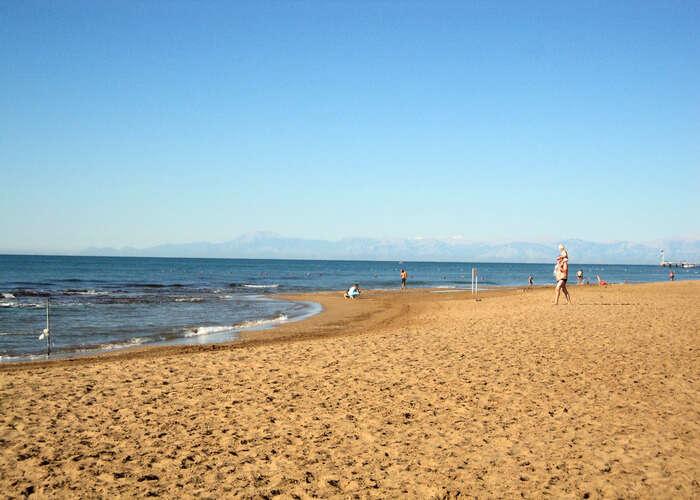 solitude of Nakibay beach