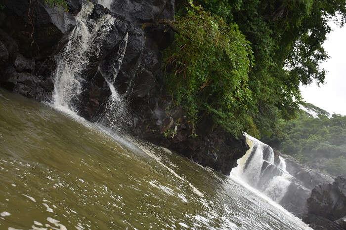 waterfall ile aux cerfs
