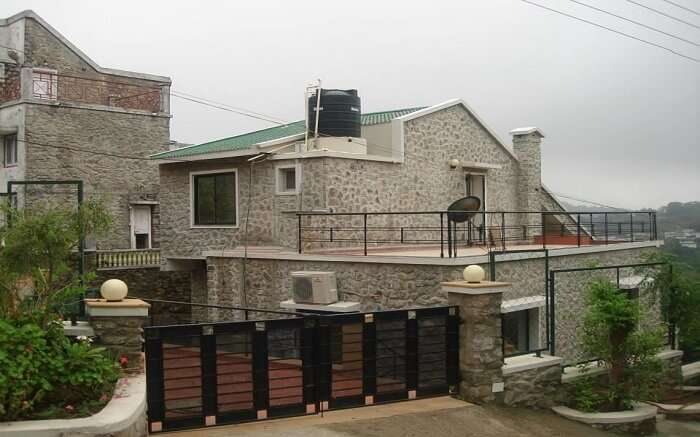 Colonial Kaanchi House - Your romantic abode