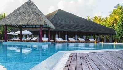 Dusit Thani Laguna Beach Resort
