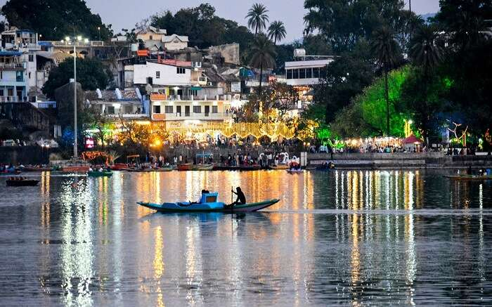 Engaging Things To Do In Mount Abu Boating Trekking Camping More ss27062018 Nakki Lake