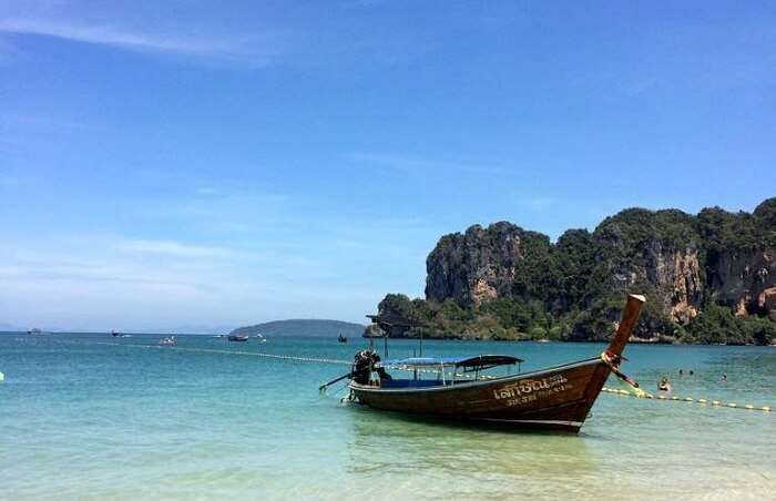 beautful view of boat on island