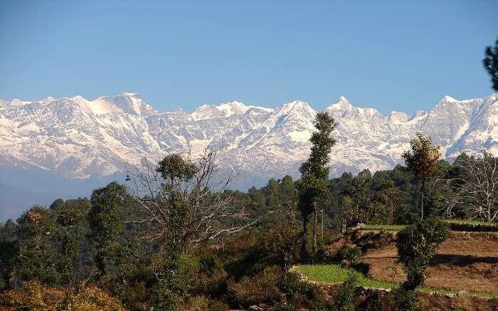 Snowclad mountains of the gorgeous Khirsu