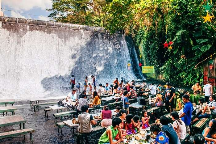 Waterfall Restaurant (2)