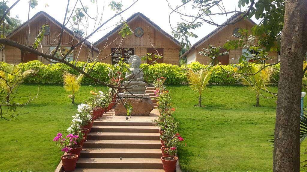 a resort in mrugavani national park