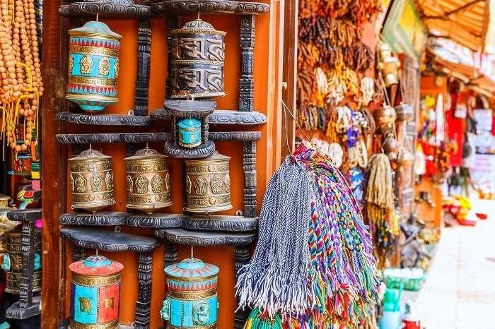 tibetan handicrafts paro shopping bhutan