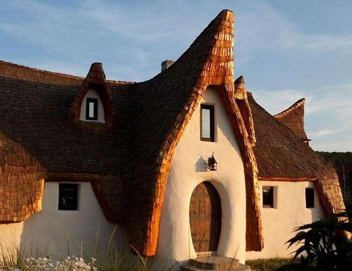 Clay Castle Hotel In Transylvania