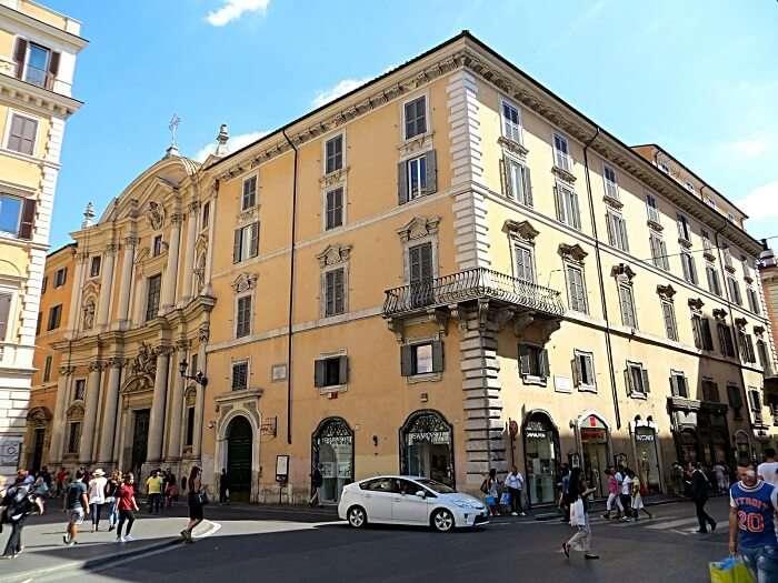 Via Dei Condotti Street