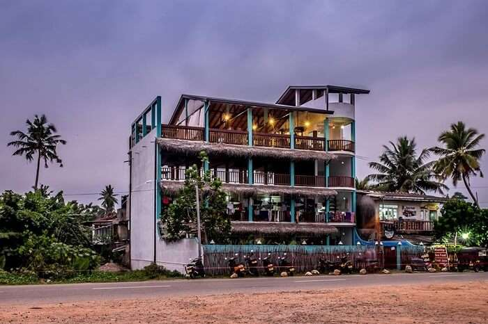 Hangtime hostel exterior