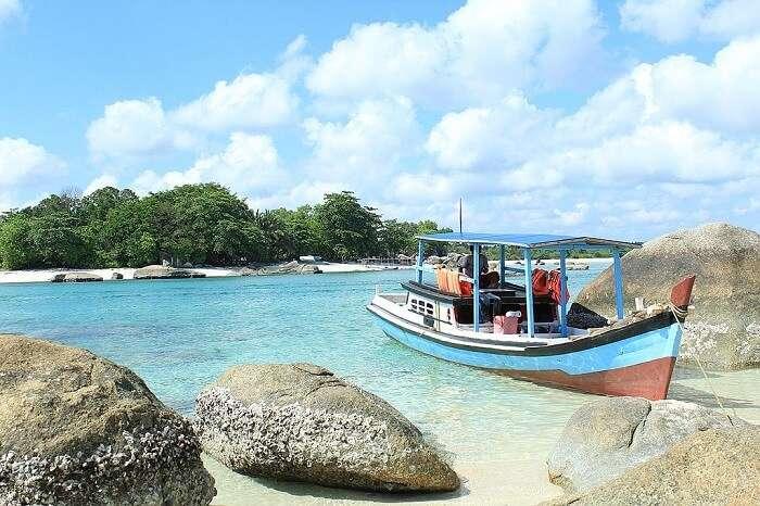 air manis beach sumatra