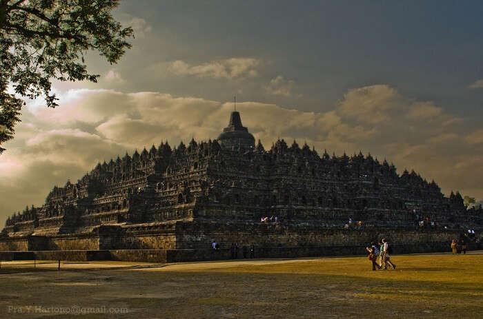 temple compound