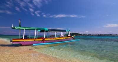 explore the gili island