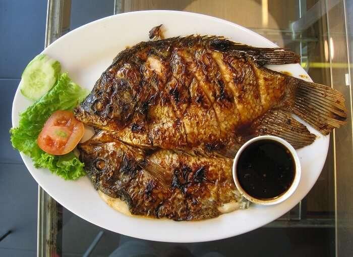 Sumatran fish dish