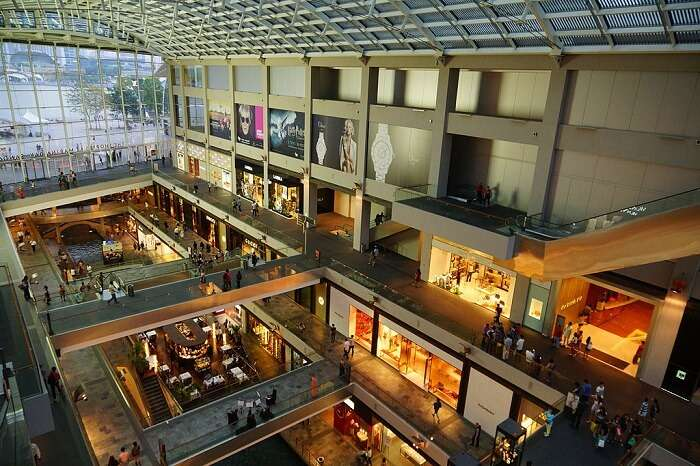 The_Shoppes_at_Marina_Bay_Sands,_Singapore