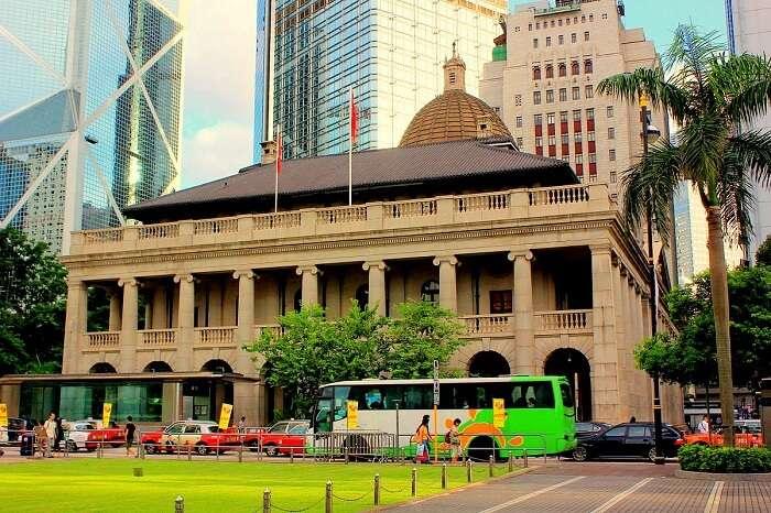 -Legislative_Council_Building_HK