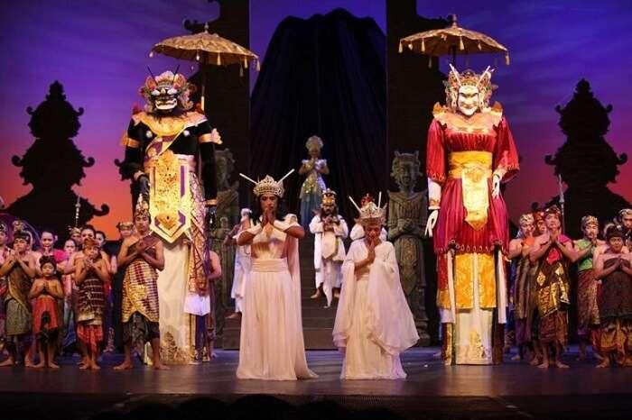 Agung Show Bali