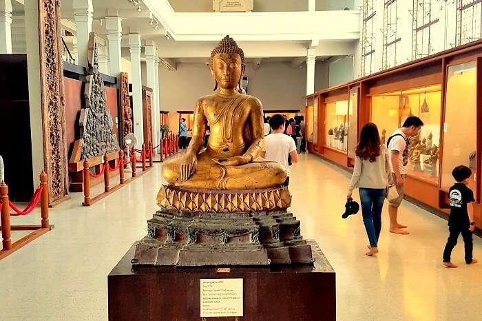 Chao Sam Phraya National Museum