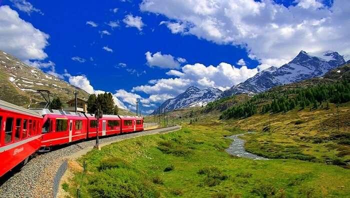 train system in switzerland