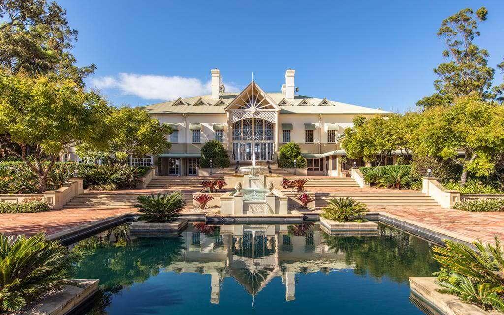 amazing InterContinental Sanctuary Cove Resort