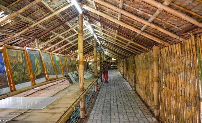 famous attractions in Kanchanaburi