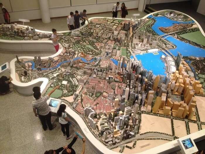 singapore replica in the city gallery