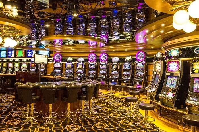 Enjoy in The Plaza Casino